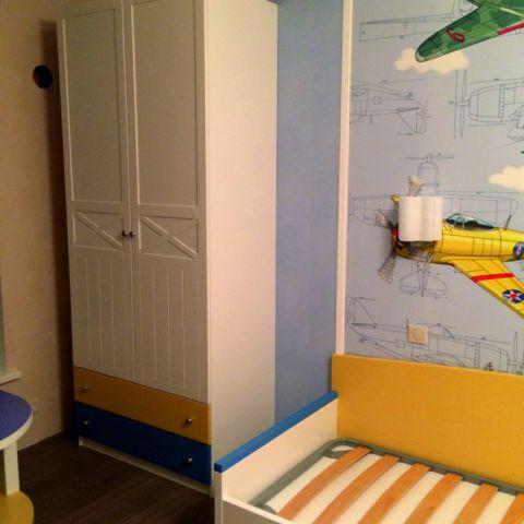 Шкаф в детской